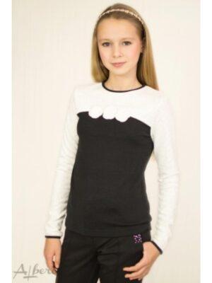 Джемпер трикотажный черно-белый с вязаными цветами