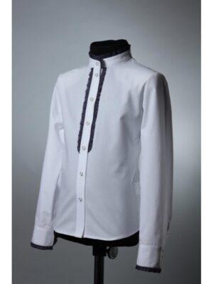 Блуза белого цвета с синими оборками для девочки