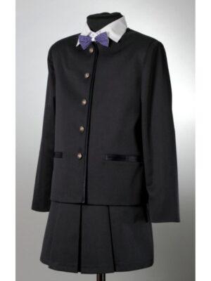 Школьный пиджак для девочки черного цвета