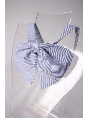 Шкільна краватка блакитного кольору для дівчинки